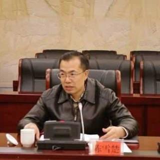 湖南省政府法制办主任陈雪楚一行到郴州市调研依法行政工作情况
