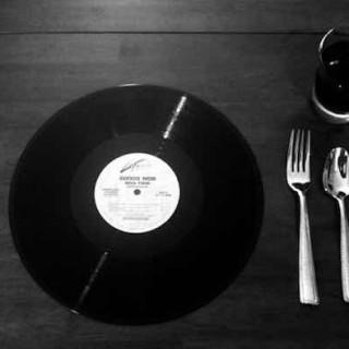 村上春树:饮食、音乐与有控制的生活