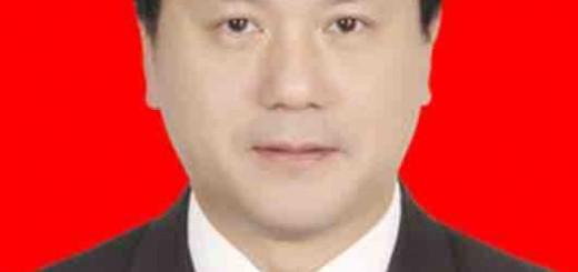 四川省绵阳市委副书记吴群刚调研涪城区电子商务发展情况