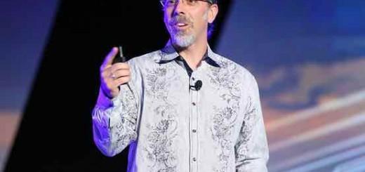 Google X实验室负责人阿斯特罗·泰勒:不会放弃Glass项目