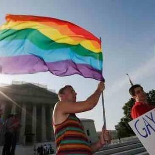 美国同性恋合法化带来的市场机遇:O2O和可穿戴