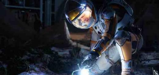 《火星救援》:继《地心引力》和《星际穿越》之后又一科幻力作