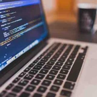 程序员、黑客与开发者之别:开发者 ⊆ 程序员,黑客 ⊆ 程序员