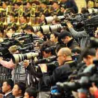 曹林:为什么要拉黑劝你别报新闻系的人