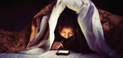 苗炜:不要整天盯着你那破手机了 哪些功能是在利用我们的弱点?