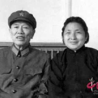开国上将邓华夫人李玉芝告别仪式在北京举行