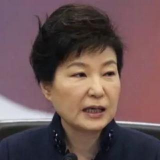 刘黎平:史记《朴槿惠被弹劾记》韩大选日敲定青瓦台虚位以待